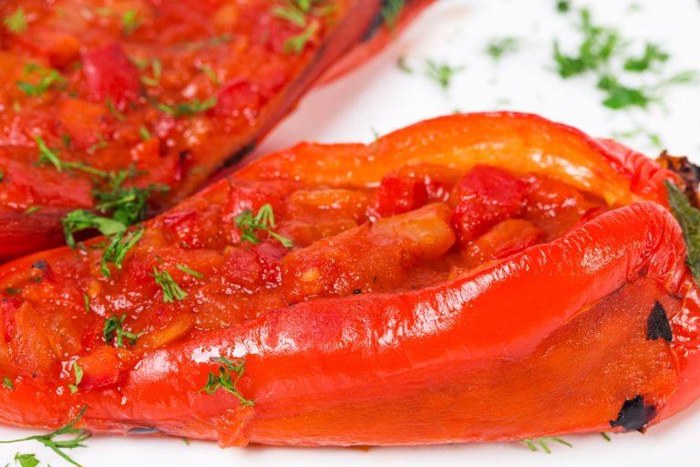 Umak od pečenih paprika za tjesteninu od oraha